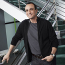 Hank Azaria Has Free Time