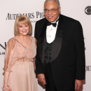 PHOTO FLASH: Ellen Barkin, James Earl Jones, John Larroquette, Matthew Morrison on the Tony Awards Red Carpet