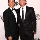 PHOTO FLASH: Sheryl Crow, Neil Patrick Harris, Hugh Jackman, Ricky Martin on the Tony Awards Red Carpet