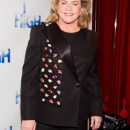INTERVIEW: Kathleen Turner Embraces The Perfect Family