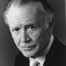 Sir John Mills, Veteran British Actor, Dies at 97