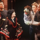 <i>Avenue Q</i>