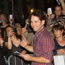 Broadway <i>Grace</i> Cast, Including Ed Asner, Paul Rudd, Greet Fans