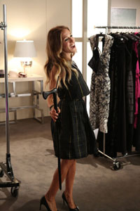 Sarah Jessica Parker performs on <i>Glee</i>
