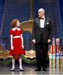 Lilla Crawford and Anthony Warlow in &lt;I&gt;Annie&lt;/i&gt;