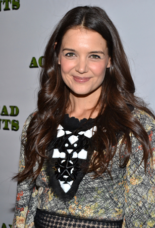 In <i>Dead Accounts</i>, Katie Holmes plays Lorna, Jack's sister, who has stayed in Ohio to take care of their aging parents.
