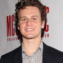 Jonathan Groff to Join Idina Menzel and Kristen Bell in Voicing <I>Frozen</i>