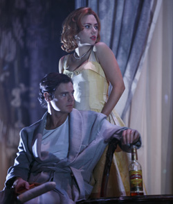 Benjamin Walker and Scarlett Johansson in <I>Cat on a Hot Tin Roof</I>.