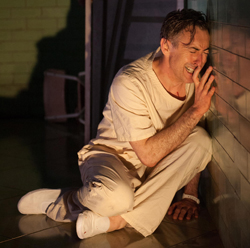 Alan Cumming in <i>Macbeth</i>