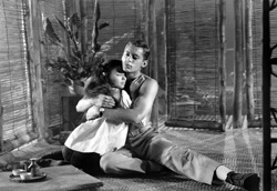 John Kerr and France Nuyen in <i>South Pacific</i>