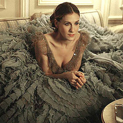 Fashion previously met theater for the 6 years theater darling Sarah Jessica Parker played fashionista Carrie Bradshaw on <i>Sex and the City</i>. In the photo above, she is wearing a Versace Couture gown in season six.