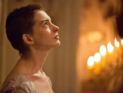 Anne Hathaway in <i>Les Miserables</i>
