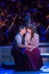Nathan Gunn and Kelli O'Hara in New York Philharmonic's production of Carousel
