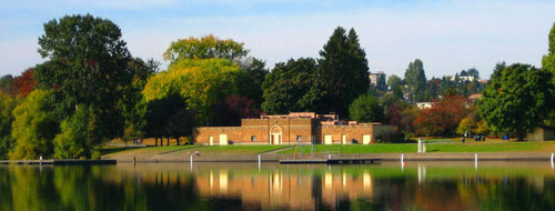 The Bathhouse Theatre from across the lake.
