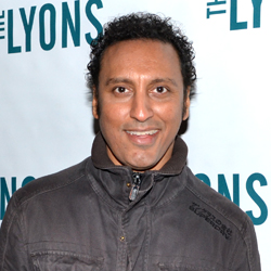 aasif mandvi daily show