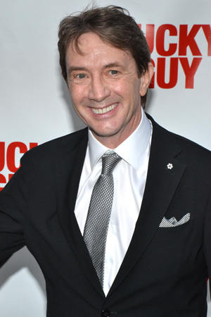 Martin Short flashes his pearly whites on his way into the Broadhurst Theatre.<br />(© David Gordon)