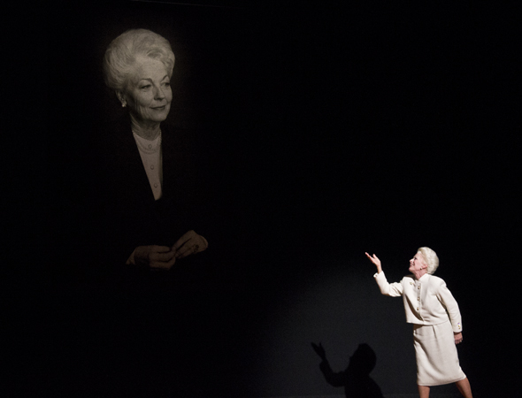 March 7 – Holland Taylor blows a kiss to a photo of Texas Governor Ann Richards on the opening night of her new play, <i>Ann</i>.<br />(© David Gordon)