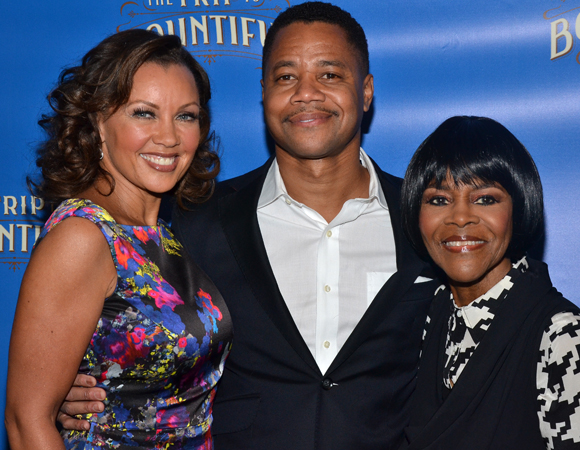 March 11 – <i>The Trip to Bountiful</i> stars Vanessa Williams, Cuba Gooding Jr, and Cicely Tyson smile for the cameras at that show's press event.<br />(© David Gordon)