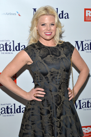 <i>Smash</i>'s Megan Hilty knows her way around a red carpet.<br />(© David Gordon)