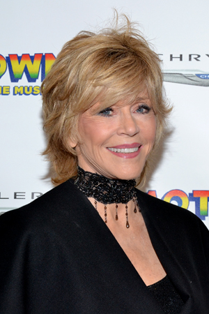 Jane Fonda is a stunner on the red carpet.<br />(© David Gordon)