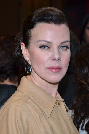 Debi Mazar played press agent Shauna Roberts on HBO's <I>Entourage</I>, another behind-the-scenes Hollywood story.<br />(© David Gordon)