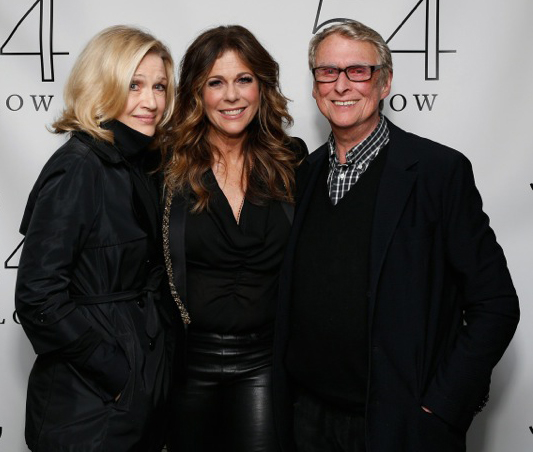Journalist Diane Sawyer and director Mike Nichols pose with actress/singer Rita Wilson backstage following her performance at 54 Below.<br />(© Cindy Ord/Getty Images for 54 Below)