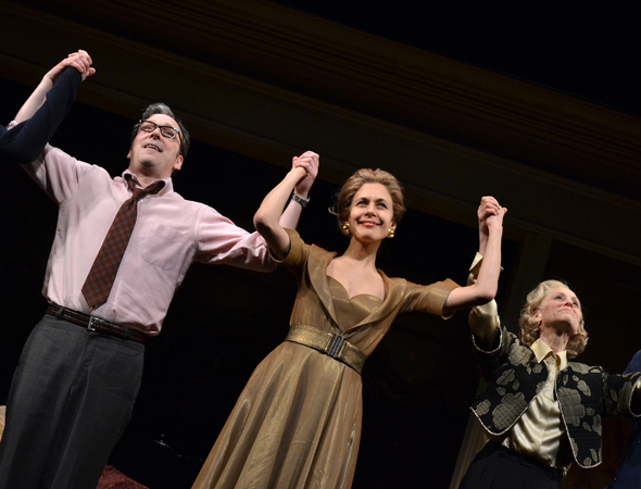 Jeremy Shamos, Jessica Hecht, and Judith Light take a bow.<br />(© David Gordon)