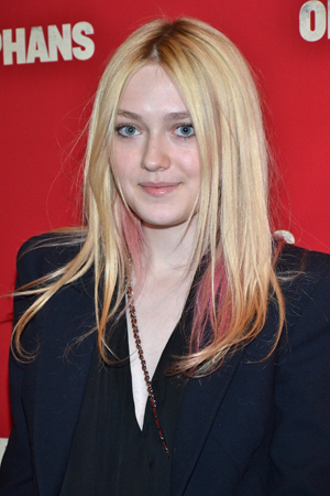 Dakota Fanning is all grown up and ready for a Broadway show.<br />(© David Gordon)