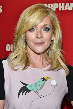 Jane Krakowski costarred on the hit NBC comedy <i>30 Rock</i> with <i>Orphans</i> star Alec Baldwin.<br />(© David Gordon)