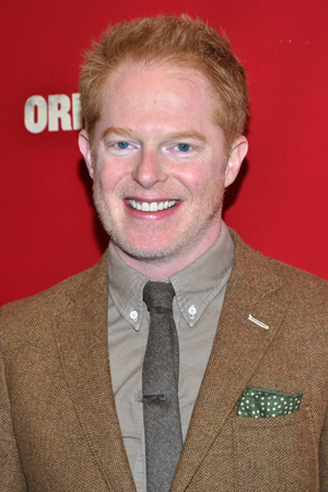 <i>Modern Family</i>'s Jesse Tyler Ferguson looks dapper on the red carpet.<br />(© David Gordon)