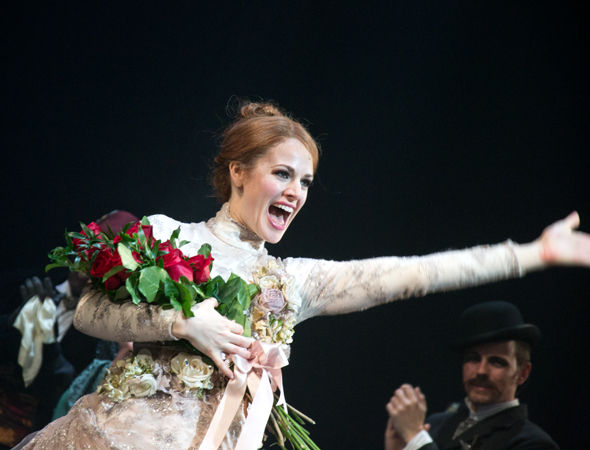 Teal Wicks is overjoyed to take her opening-night bow.<br />(© David Gordon)