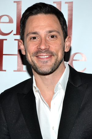 <i>Once</i> Tony Award winner Steve Kazee rocks the scruff at the opening of <i>Jekyll & Hyde</i>.<br />(© David Gordon)