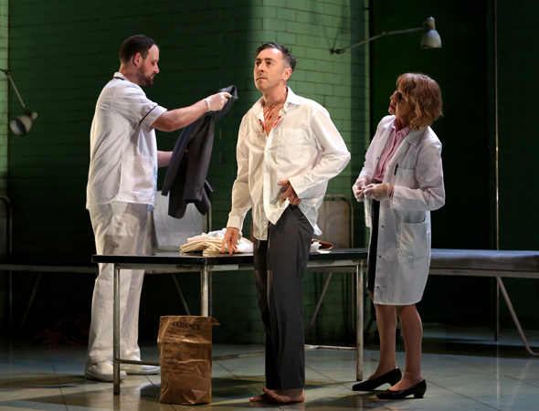 Brendan Titley and Jenny Sterlin as Orderly and Doctor, flanking their patient, Alan Cumming<br />© Jeremy Daniel