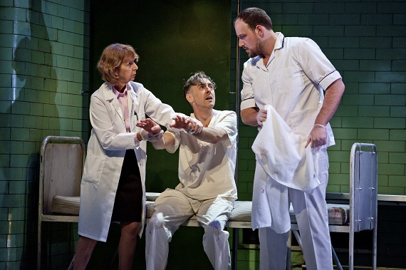 Jenny Sterlin, Alan Cumming, and Brendan Titley in <i>Macbeth</i>