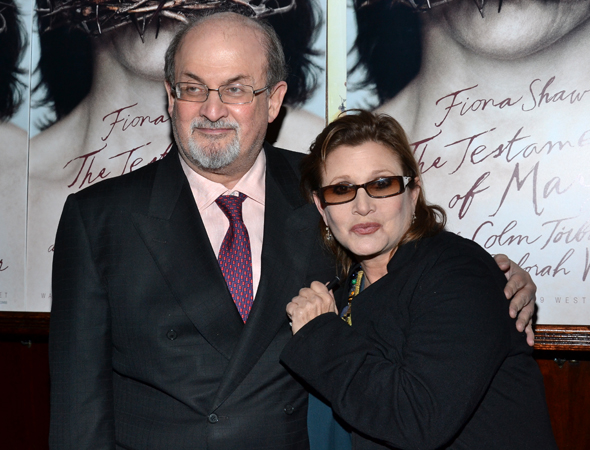 Noted novelist Salman Rushdie gets close with with Broadway veteran and <i>Star Wars</i> favorite Carrie Fisher.<br />(© David Gordon)