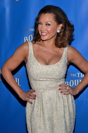 Vanessa Williams, who plays Ludie's wife, Jessie Mae, lights up the red carpet.  <br />(© David Gordon)