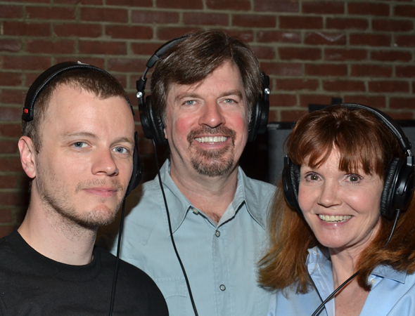 David Larsen, Scott Wakefield, and Connie Ray share a photo as the session continues.<br />(© David Gordon)