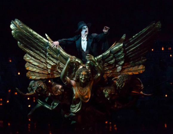 Peter Jöback in <i>The Phantom of the Opera</i>