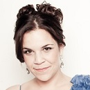 Broadway's Lindsay Mendez on Making Her New CD, Earning a Drama Desk Nomination, and Flying High in <i>Wicked</i>