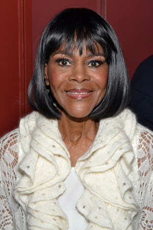 Cicely Tyson, Outstanding Lead Actress in a Play winner for her performance as Mrs. Carrie Watts in <i>The Trip to Bountiful</i>.<br />(© David Gordon)