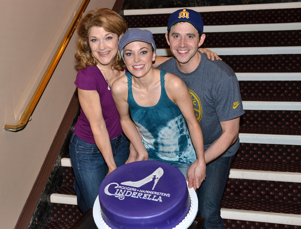 Production leads Victoria Clark, Laura Osnes, and Santino Fontana show off the beautiful <i>Cake Boss</i> anniversary cake.<br />(© David Gordon)