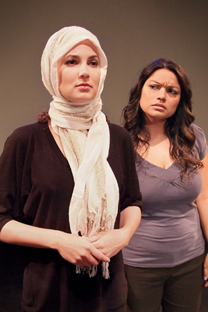 Amber Rivera in the role of Altair with Rachel González as Canela Guerrero.<br />(© Ed Krieger)