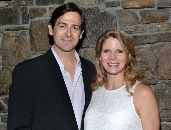 Kelli O'Hara (right) smiles alongside her husband, Greg Naughton. <br />(© David Gordon)
