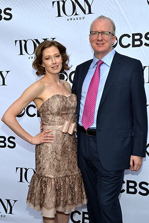 Recently engaged <i>Who's Afraid of Virginia Woolf?</i> stars Carrie Coon and Tracy Letts are looking good on the red carpet.<br />(© David Gordon)