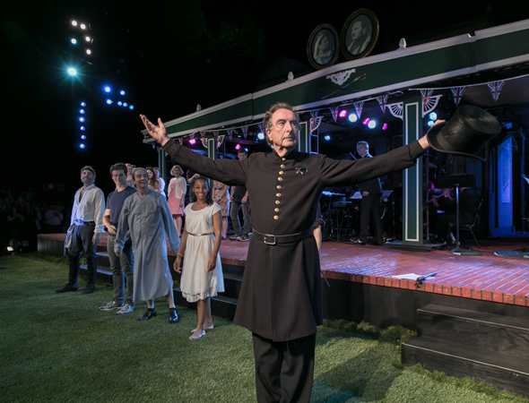 Tony Award winner Eric Idle appeared in the concert staging of <i>The Pirates of Penzance</i> as The Sergeant.<br />(© Simon Luethi)