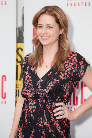 <i>Reasons to be Happy</i> star Jenna Fischer showed support for the special one-night-only benefit. <br />(© Seth Walters)