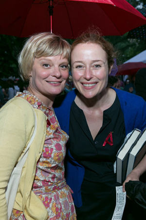 Martha Plimpton snuggles up to Jennifer Ehle.<br />(© Simon Luethi)