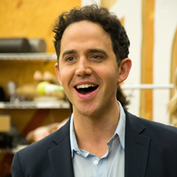 santino fontana crazy ex-girlfriend
