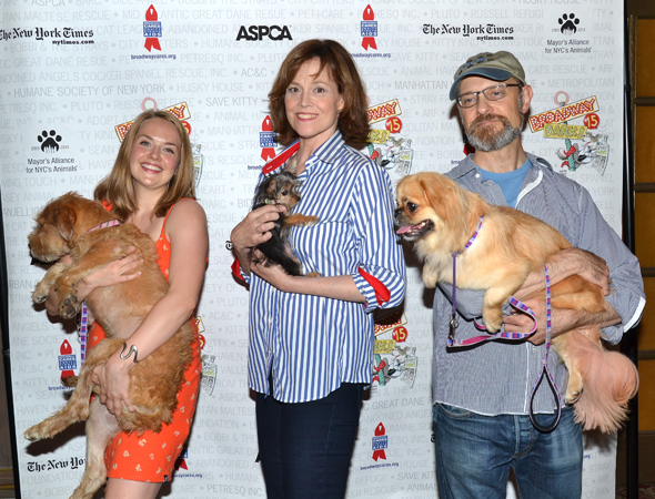 <i>Vanya and Sonia and Masha and Spike</i> stars Liesel Allen Yeager, Sigourney Weaver, and David Hyde Pierce enjoy their canine companionship.<br />(© David Gordon)