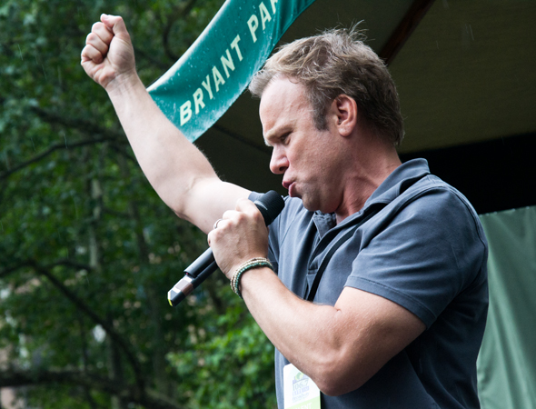 Norbert Leo Butz fights the dragons.<br />(© David Gordon)